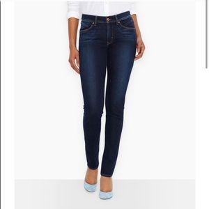 Levi's Demi Curve Medium Wash Skinny Jeans